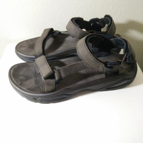 1b5687789 Teva Terra Fi 4 Leather Sport Sandals 13. M 5a5fa04ba44dbece826a9dfc